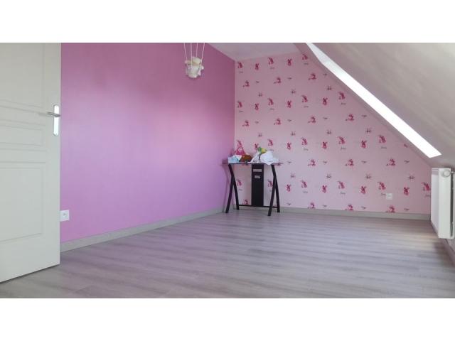 chambre-parquet-rose-oignies-