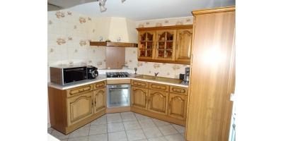 cuisine meublee equipee-four-gaz-electrique-micro ondes-vimy location-