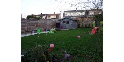 jardin clos-garage-tuiles beton-chalet-discountimmobilier-