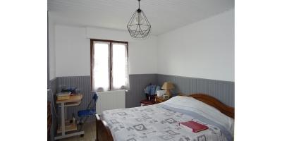 chambre-dressing-laverie-lit-bois-mairie-62680-