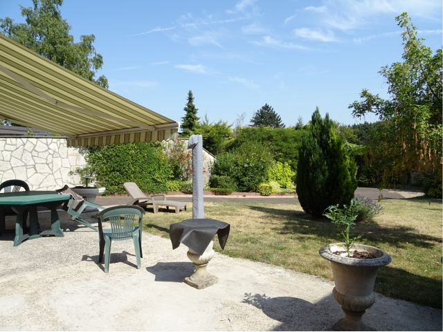jardin-garage-parking-commerce-autoroute-terrasse-venteimmo-