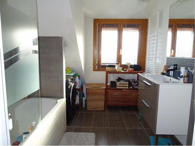 salle de bains-meubles-équipement-maisonen vente-recherche maison