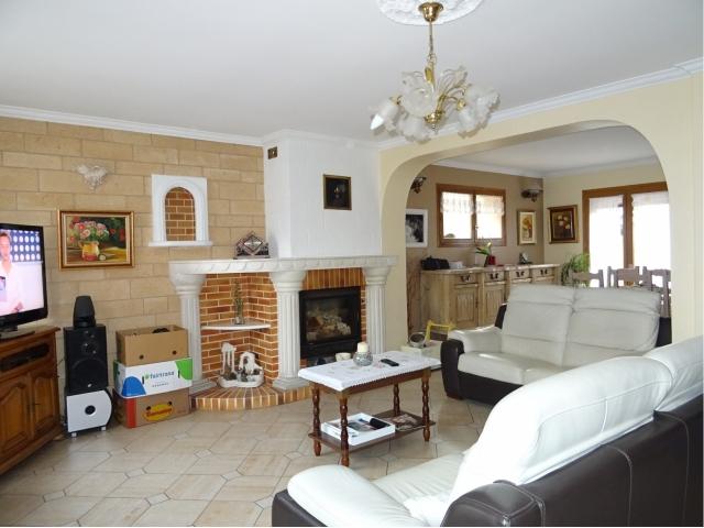 Montigny en Gohelle on pose les meubles