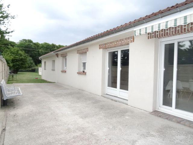maison-location-vente-agence-terrasse-jardin-gazon-avion-ntaire-