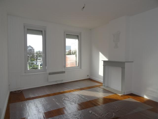 maison au bon coin elegant prix with maison au bon coin. Black Bedroom Furniture Sets. Home Design Ideas