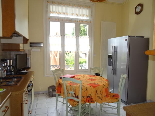 vente maison 5 chambres-cave-vin-chaufferie-discoountimmobilier
