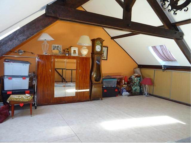 chambre grenier-velux-bois-toiture