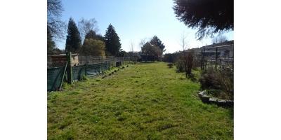 jardin-garage-atelier-chalet de jardin-arbres-cloture